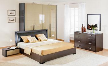 Глянцевая спальня в цвете капучино