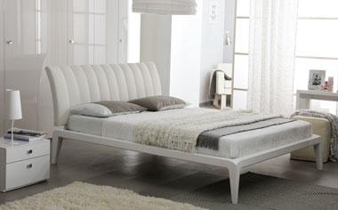 Роскошная белая кровать