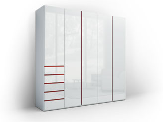 Белый глянцевый шкаф