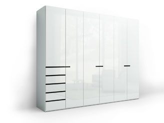 Распашной глянцевый шкаф