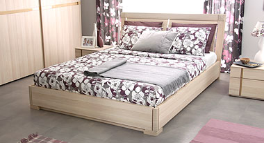 Кровать гнутым изголовьем